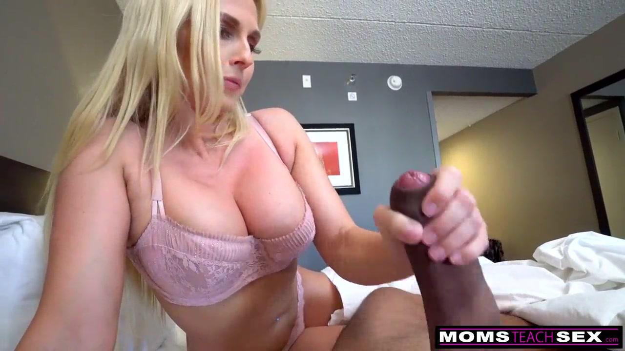 Big Tit Milf Mom Fucks Stepson