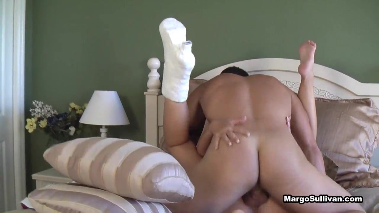 Mom Needs Help With Her Son Porn